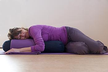 Yogaflow Restorative Yoga twist