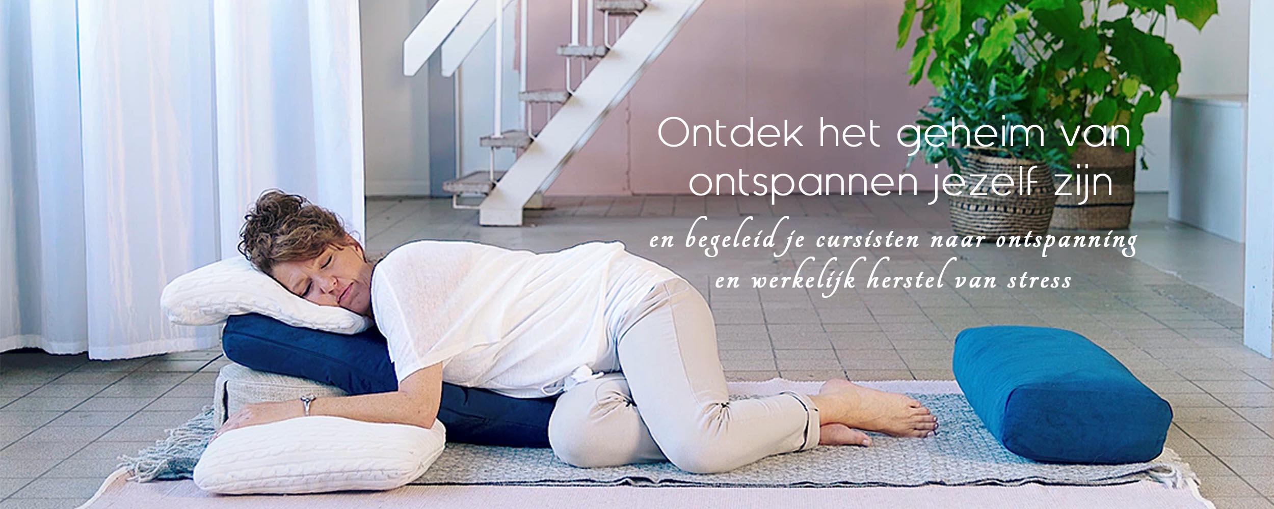 Yogaflow Diana van der Gaast